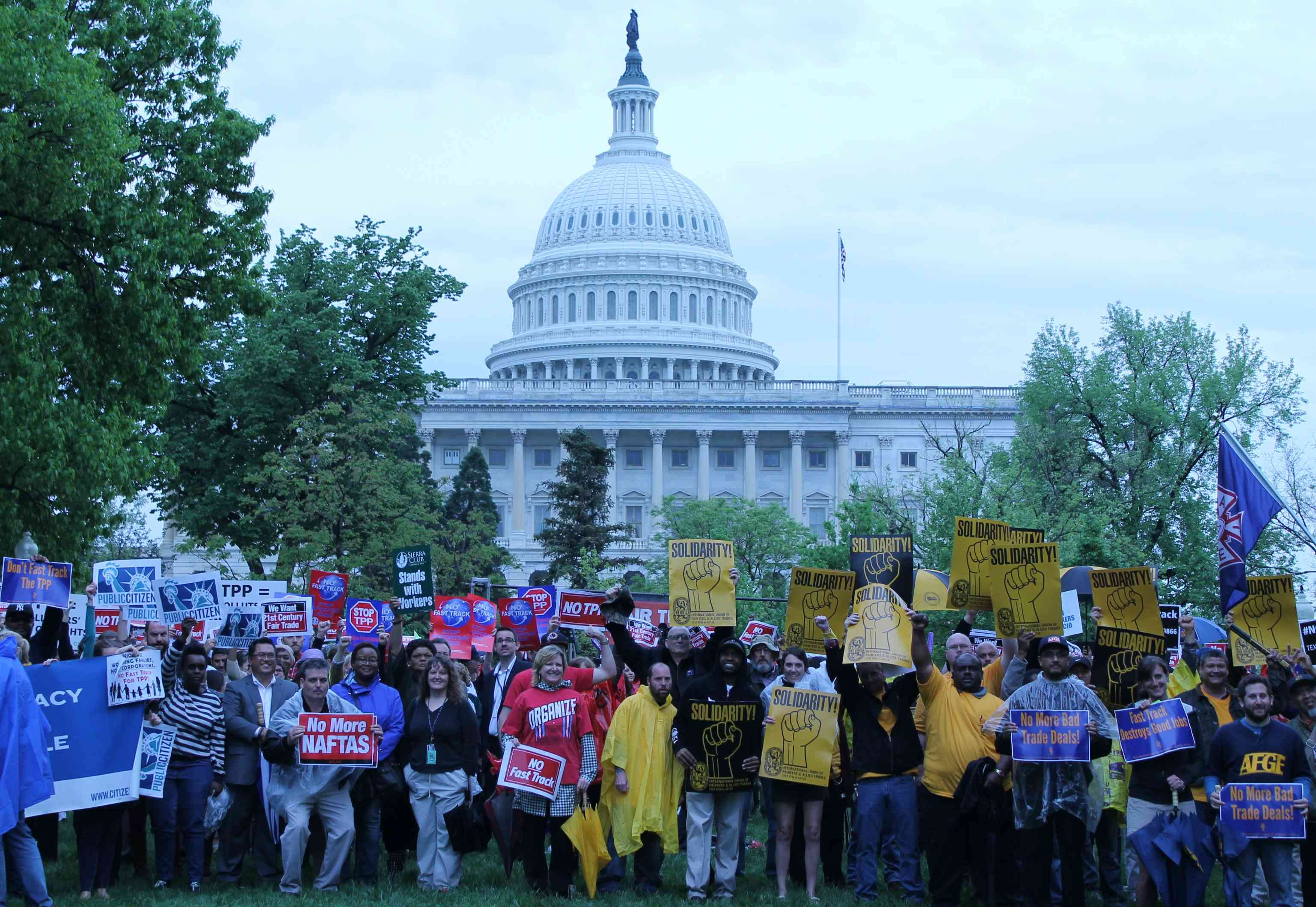 More than a thousand rally against TPP, Fast Track at Capitol