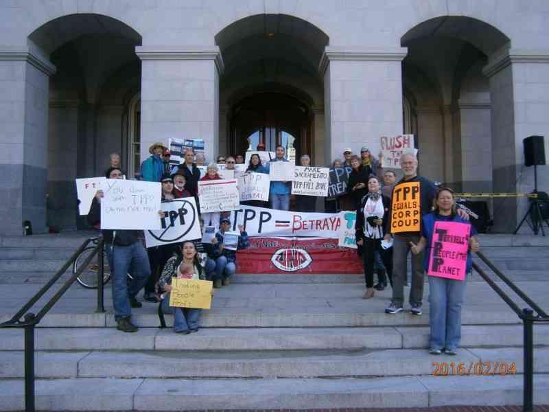 Sacramento: 'TPP is Betrayal' Action