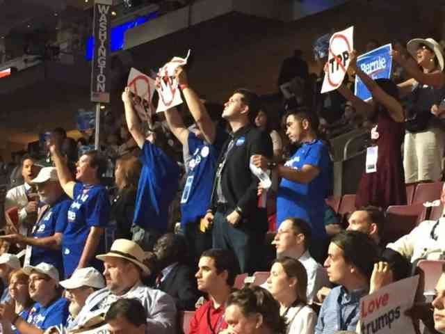 Anti-TPP Protests Break-Out Inside DNC: Obama & Others Protested